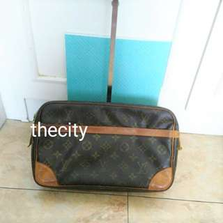 AUTHENTIC LOUIS VUITTON LARGE POUCH / CLUTCH BAG