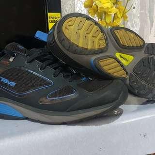 Teva hiking shoes or walking shoes