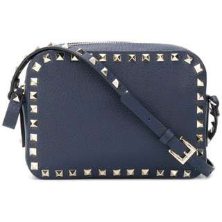 Valentino Garavani Rockstud camera shoulder bag