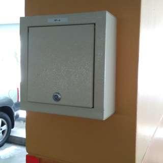 Metal box installation