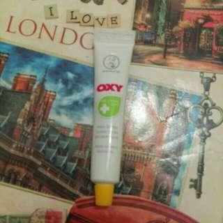 Oxy whitening anti pimple mark (used)