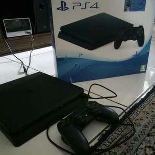 FS: PS4 condition 98% jarang dipakai,kapasitas 1 TB.bisa nego