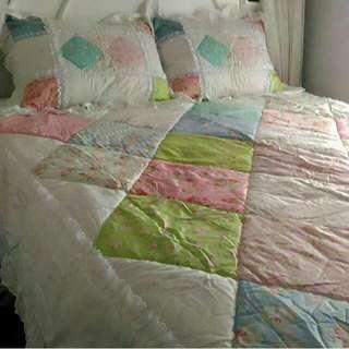 Bismillah jual Bedcover Amante baru yg sgt cantik 1set lengkap dgn sarung bantal