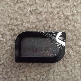 BN Rimmel eyeshadow show off shimmery black /grey