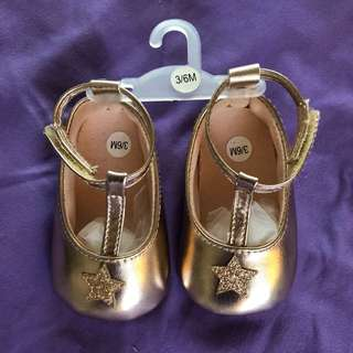 3/6 Baby's Gold Shoes