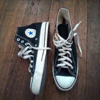 Authentic Chuck Taylor Converse