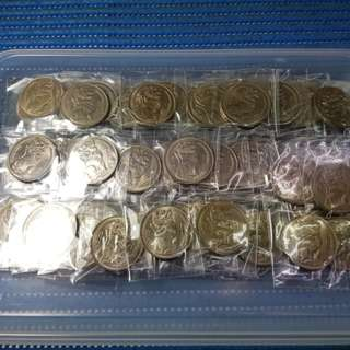 200X Singapore $1 Stylised Lion Coin ( Lot of 200 Pieces, 1967, 1968 and 1969 )