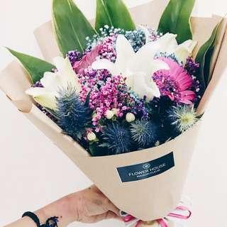 3s Lily bouquet