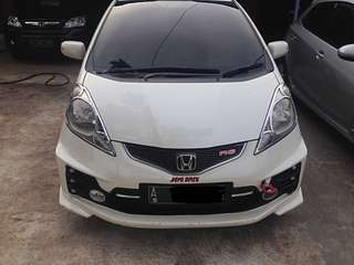 Honda Jazz RS A/T 2010
