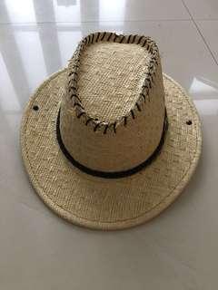 Topi dewasa