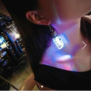 (降)發光燈泡耳夾 無耳洞