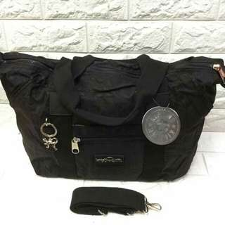 Sling bag Size: 20x13x6 inches