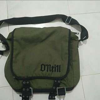 O'neill And Paramedic slingbag