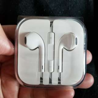 原裝 apple ear phone 最後一個