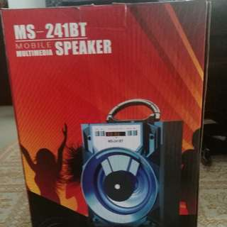 Portable speaker,suitable for escooter