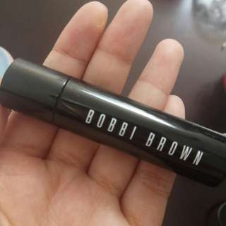 BOBBI BROWN matte lipstick shade true pink