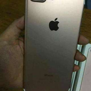 Iphone 7 plus rosegold Factory unlocked