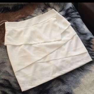 Forcast Skirt Size 6