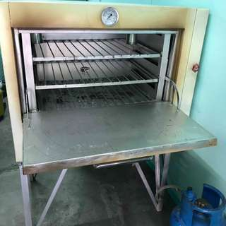 6 tray oven with lpg tank