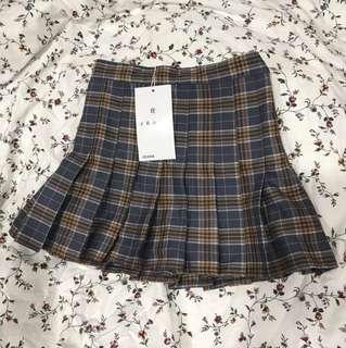 BN plaid schoolgirl skirt