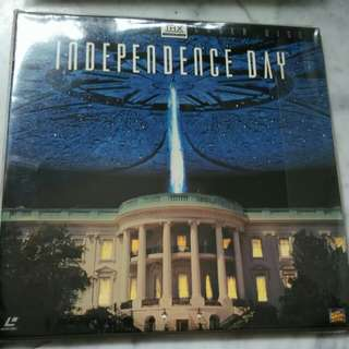 Independence Day x 2 LD Discs