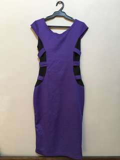Purple dress • M