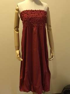 Size 10 red strapless dress