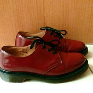 Dr. Martens Pw Cherry Red