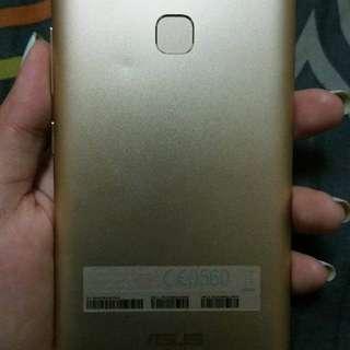 ASUS Zenfone 3 Max 5.2 (negotiable)