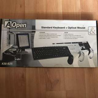 Standard Keyboard & Optical Mouse