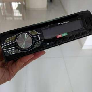 Pioneer Single Din DEH-2450UB