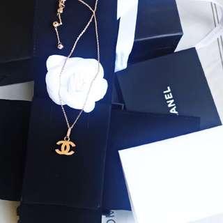 Chanel 玫瑰金頸鍊