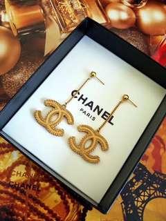 Chanel大雙C耳環