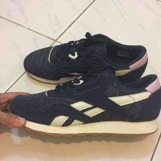 sneakers reebok navy