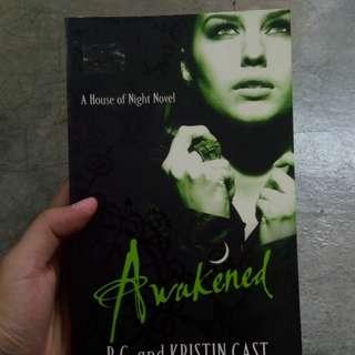 Awakened (A House of Night Novel)
