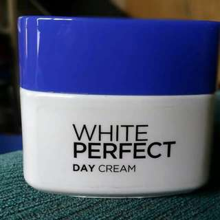 Loreal White Perfect Day