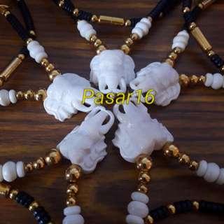 Thai Amulet Necklace (3 Hooks)