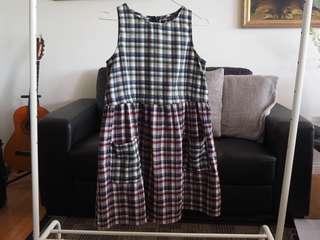 Missguided tartan mini dress size 8