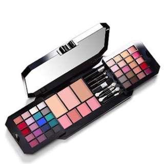 Victoria's Secret Bombshell Makeup Palette