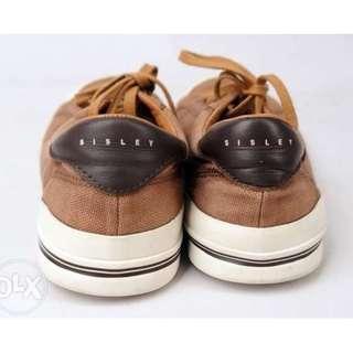 Sepatu Sisley