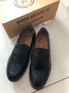 Black Mosse Loafer (BARU)