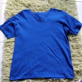 uniqlo寶藍色V領素T(短袖)