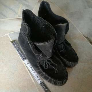 Dreadnought winter shoes