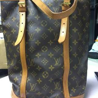 LV  Louis Vuitton bucket bag