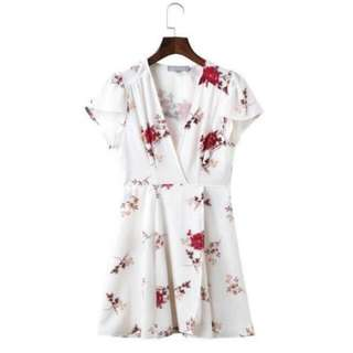 WHITE FLORAL SUMMER WRAP DRESS