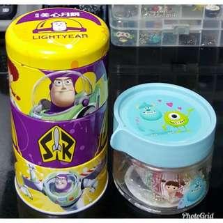 Disney Toy Story 反斗奇兵 巴斯光年+毛毛及大眼仔 =$23/2件 (全新, 不散賣, 三層美心鐵罐高15.5cm但已無月餅, 玻璃樽高7.5cm及糖果到期日為18/6/15)