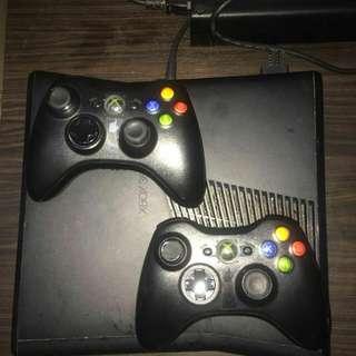 Xbox 360 Hitam