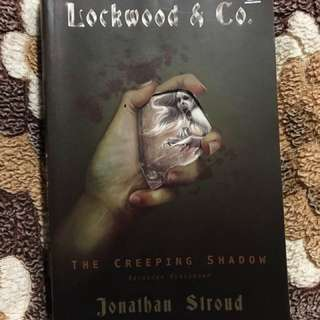 The Creeping Shadow by Jonathan Stroud (Terjemahan Bahasa Indonesia)