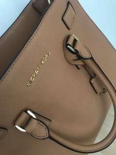 Michael Kors Dillon Large Bag