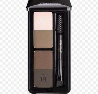 40% off Guerlain Eyebrow Kit in Universal 00